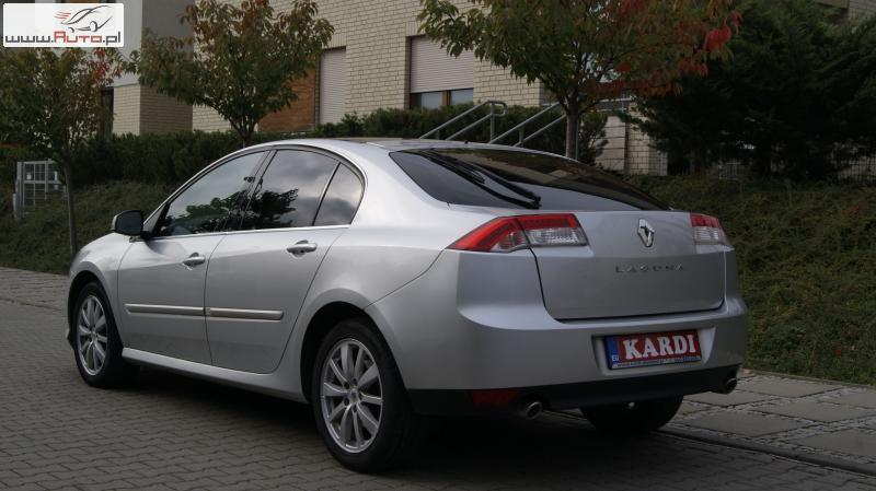 renault laguna iii 2 0 dci u ywany 2009 km 225 000 w szczecin. Black Bedroom Furniture Sets. Home Design Ideas