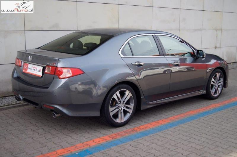 Sprzedany honda accord viii type s 2 4 u ywany 2012 km for Honda accord 201