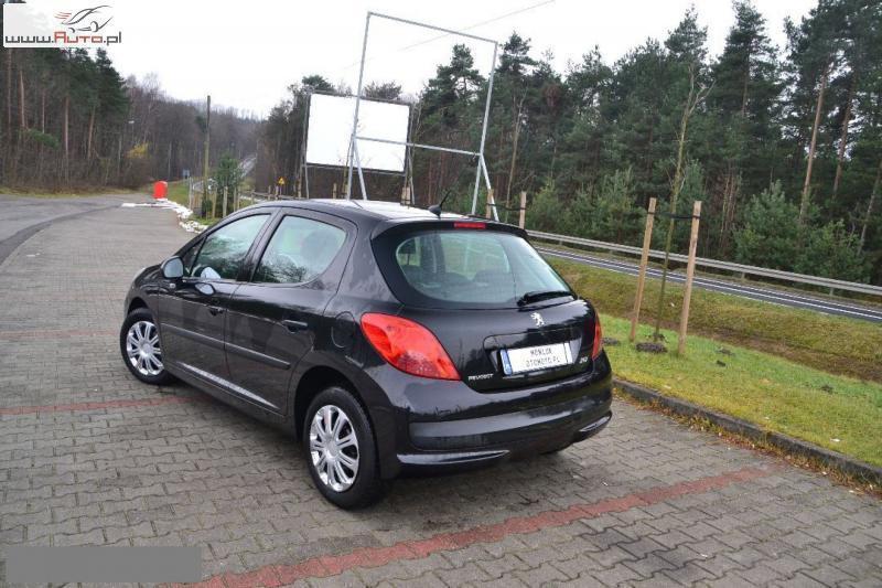 Opony Zimowe 16 Peugeot 207