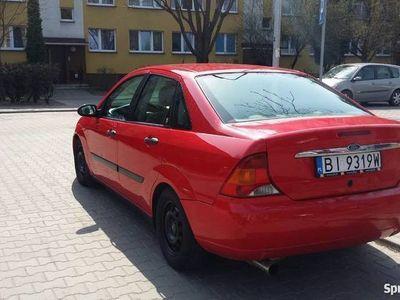 używany Ford Focus MK1 Sedan Ghia 1999 1.6b zetec
