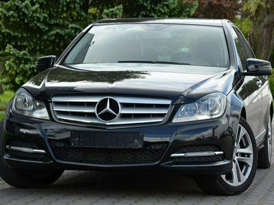 używany Mercedes C220 Czarne 2,2CDI 170KM Avantgarde Lift Serwis Navi Skóry W203 (2000-2007)