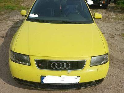 używany Audi A3 8L 1.9 tdi 90 km 1999r 1 Wł Bez Rdzy Części Wysyłka