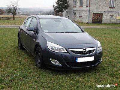 używany Opel Astra 1.6 115KM 2010