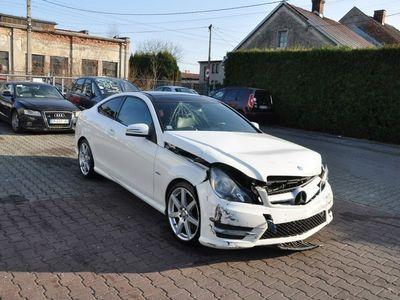 używany Mercedes C220 2.2dm 204KM 2012r. 149 000km
