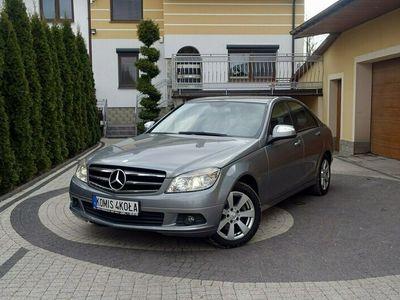 używany Mercedes C180 1.8dm 156KM 2007r. 171 000km