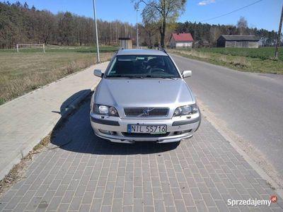 używany Volvo V40 2.0T-Benyzna 200 KM 2001r.