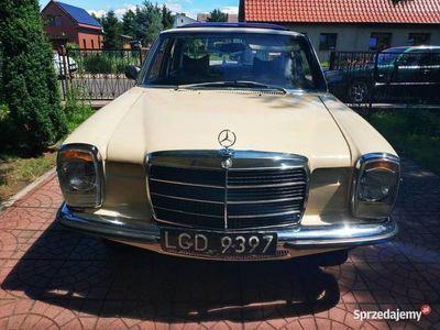 używany Mercedes W115 200D