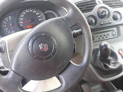 używany Renault Kangoo 1.5 dci 2009 rok