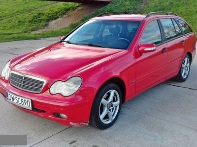 używany Mercedes C270 2.7dm 170KM 2002r. 403 000km