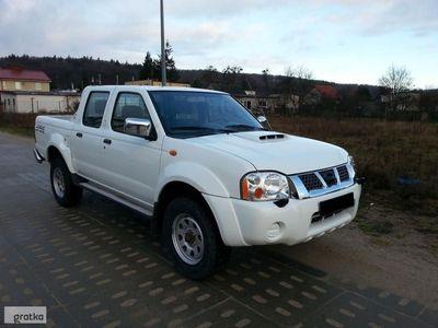 używany Nissan Navara 4x4 klima tylko 96Tkm 2x koła import