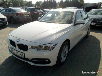 używany BMW 318 2dm 150KM 2018r. 29 363km