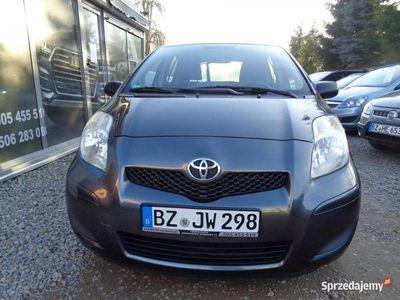 używany Toyota Yaris 1.3dm 101KM 2009r. 156 102km
