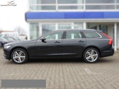 brugt Volvo V90 2dm3 150KM 2018r. 1km Momentum D3 150 KM Geartronic+Nawigacja+Podgrzewane Fotele