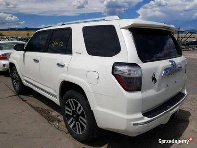używany Toyota 4 Runner 4-RunnerSR5 V6 benz. 4.0 270KM autom. 4x4 12/2013 IV (2003-)