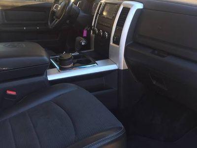 używany Dodge Ram sport 5,7 hemi
