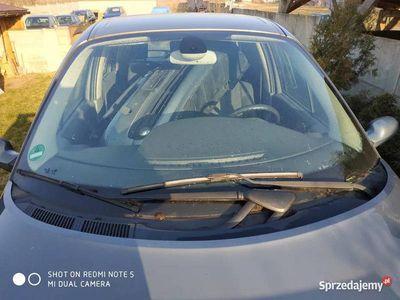 używany Renault Scénic DCi 2006r na części