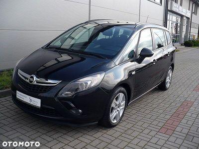 używany Opel Zafira C