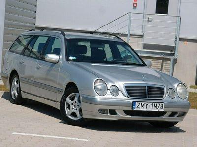 używany Mercedes E200 LIFT / Benzyna + Gaz BRC / Klima / Tempomat / Szyberdach / ZADBANY !!! W210 (1995-2002)