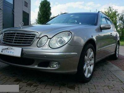 używany Mercedes E500 5dm 306KM 2004r. 248 000km