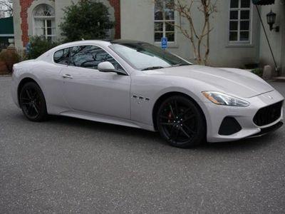 używany Maserati Granturismo 4.7dm 454KM 2018r. 4 960km