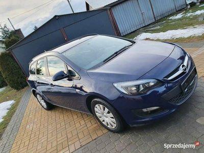używany Opel Astra kombi sprzedam