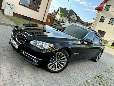 używany BMW 740 3dm 313KM 2013r. 144 000km