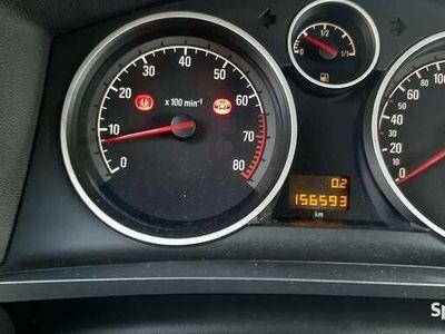 używany Opel Zafira B 2005 r.1.6i