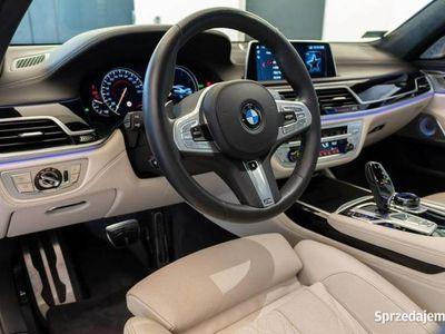 używany BMW 750 3dm 400KM 2018r. 20 000km