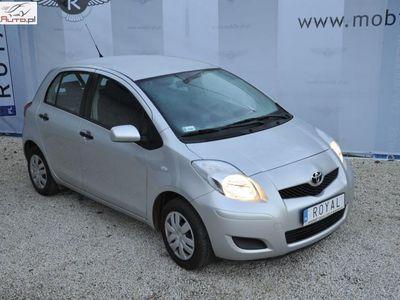 używany Toyota Yaris Yaris 1dm3 70KM 2010r. 38 000kmII 1,0 bensin 70 KM salon PL serwisowany mały przebieg