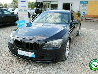 używany BMW 740 3dm 326KM 2010r. 147 000km
