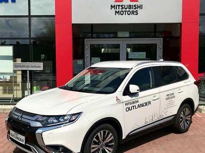 używany Mitsubishi Outlander 2.0 4WD CVT 150KM Instyle DEMO