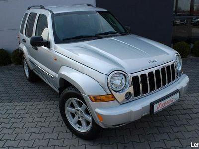 używany Jeep Cherokee 2.8dm 163KM 2006r. 120 269km