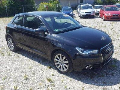 używany Audi A1 1.2dm 86KM 2010r. 82 842km