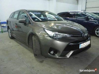 używany Toyota Avensis 1.6dm 112KM 2016r. 156 000km