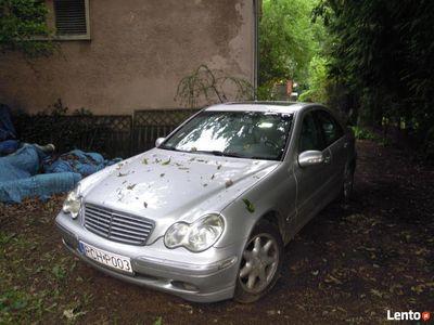 używany Mercedes C240 - idealny stan