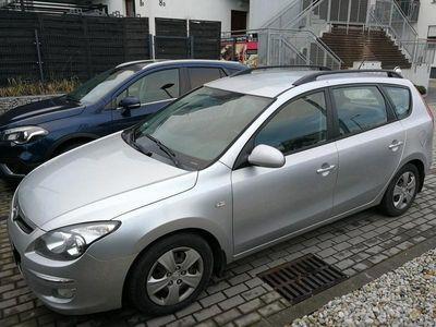 używany Hyundai i30 I30 ZAREJESTROWANY CIĘŻAROWYZAREJESTROWANY CIĘŻAROWY
