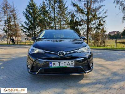 używany Toyota Avensis 2dm 152KM 2017r. 56 000km
