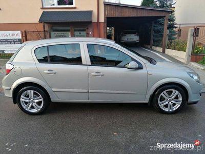używany Opel Astra 1,7 CDTi dwa kpl. kół