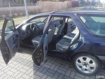 używany Renault Laguna I kombi 1.8 benzyna 120KM