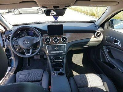 używany Mercedes GLA180 Sport Utility Vehicle