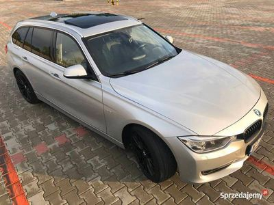 używany BMW 320 d Luxury_184KM_kamera_panorama__ALU18''_skóra_WARTO