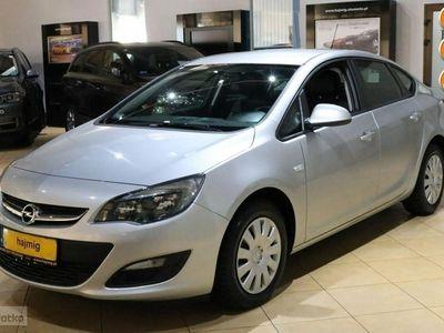 używany Opel Astra 1.4dm 140KM 2015r. 102 000km