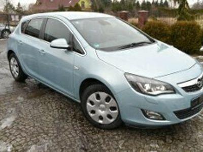 używany Opel Astra III 1.6 Enjoy EasyTronic