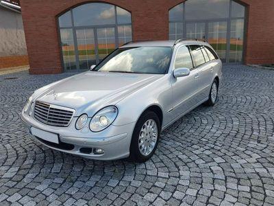 używany Mercedes E320 3dm 224KM 2006r. 207 740km