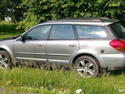 używany Subaru Outback 2006r. 2.5 lpg