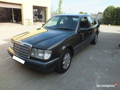 używany Mercedes E300 W124 D