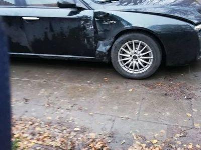 używany Alfa Romeo 159 1.9 150 KM, Kombi, Uszkodzona,Wypadek, Odpala