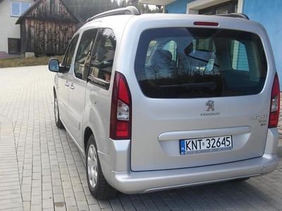 używany Peugeot Partner tipee 2014 r
