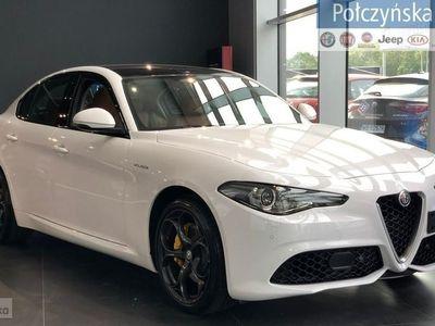 używany Alfa Romeo Giulia Veloce 2.0 280 KM | Biały / Brązowa skóra | Pakiet Nav Mirroring