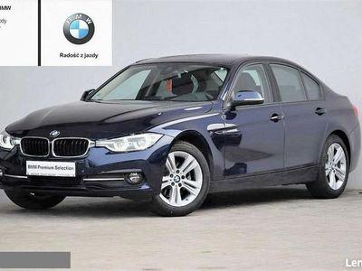 używany BMW 320 2dm 190KM 2018r. 18 651km